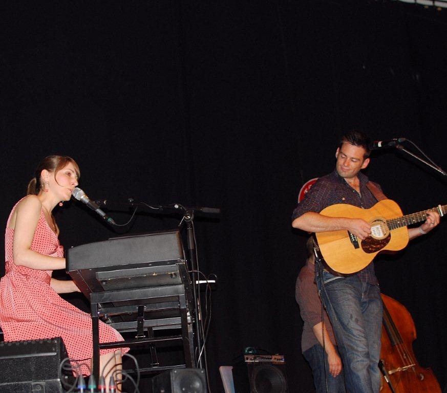 Emily Smith og Jamie McClennan