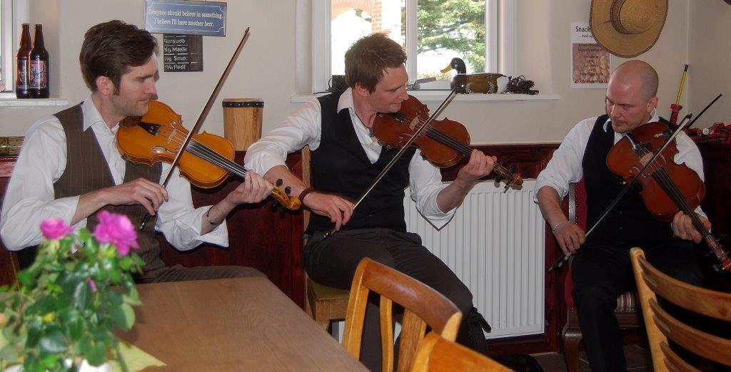 "CD: Nordic Fiddlers Bloc: ""Bonfrost"""