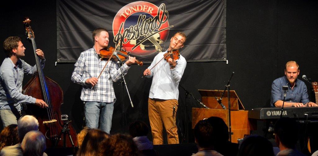 Trias var første band ved showcasen i Visemøllen.