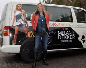 Melanie Dekker på tur i Europa igen.