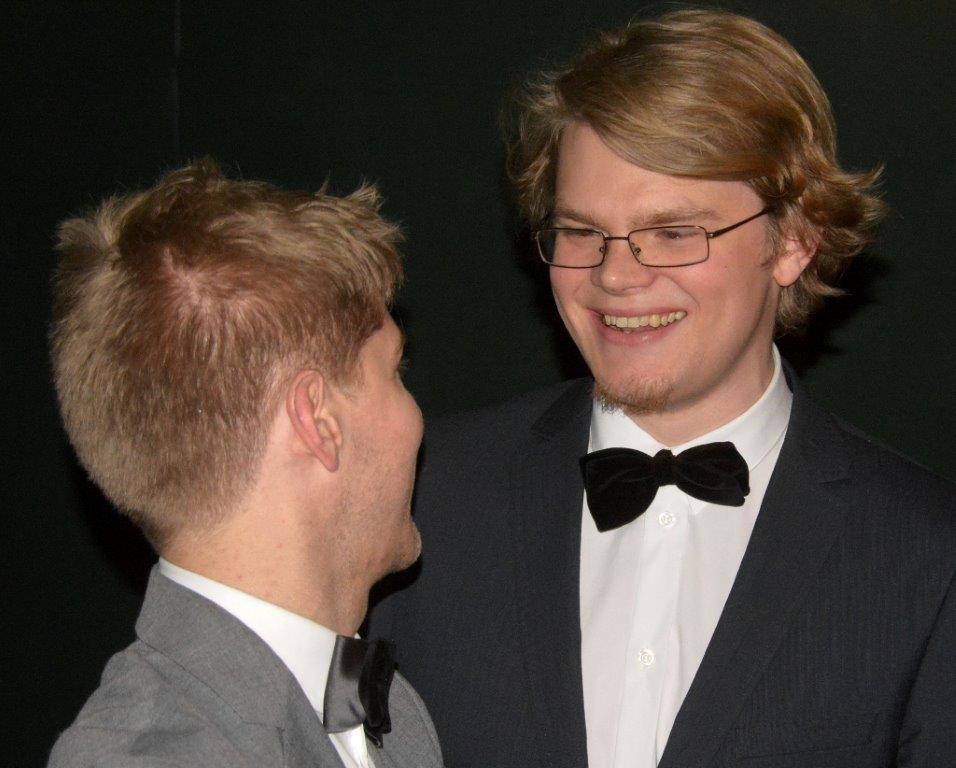 Nikolaj Busk og Ale Carr, da de lige har fået at vide, at Årets Udgivelse er Dreamers' Circus.