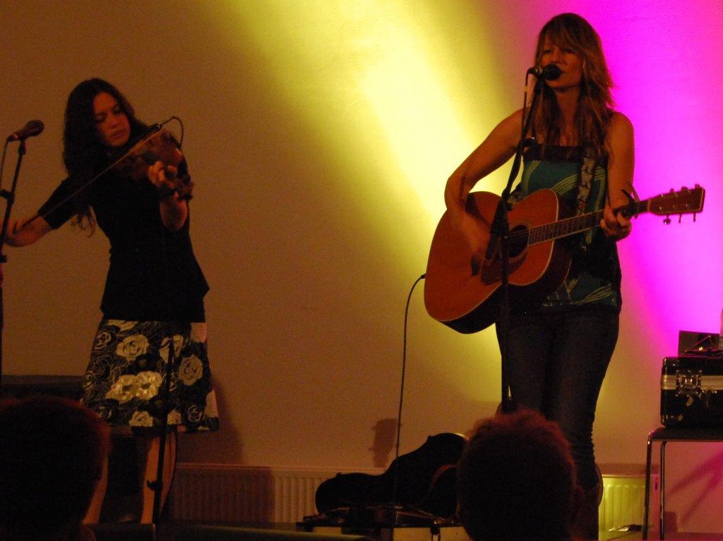 Madison Violet deltager på begge festivals.