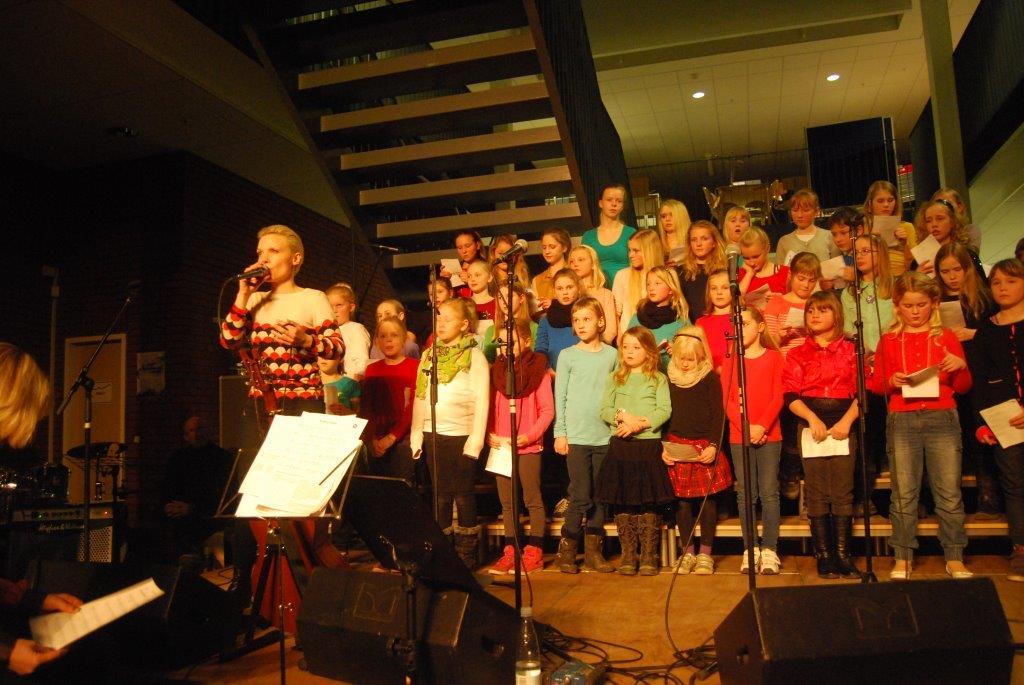 Skolekoret åbnede også Vinterfestivalen i 2013.