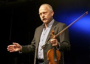Poul Bjerager Christiansen. Pressefoto fra fiddling.dk