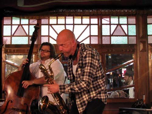 Steffan S. Sørensen og Hans Mydtskov fra Alan Klitgaards band.