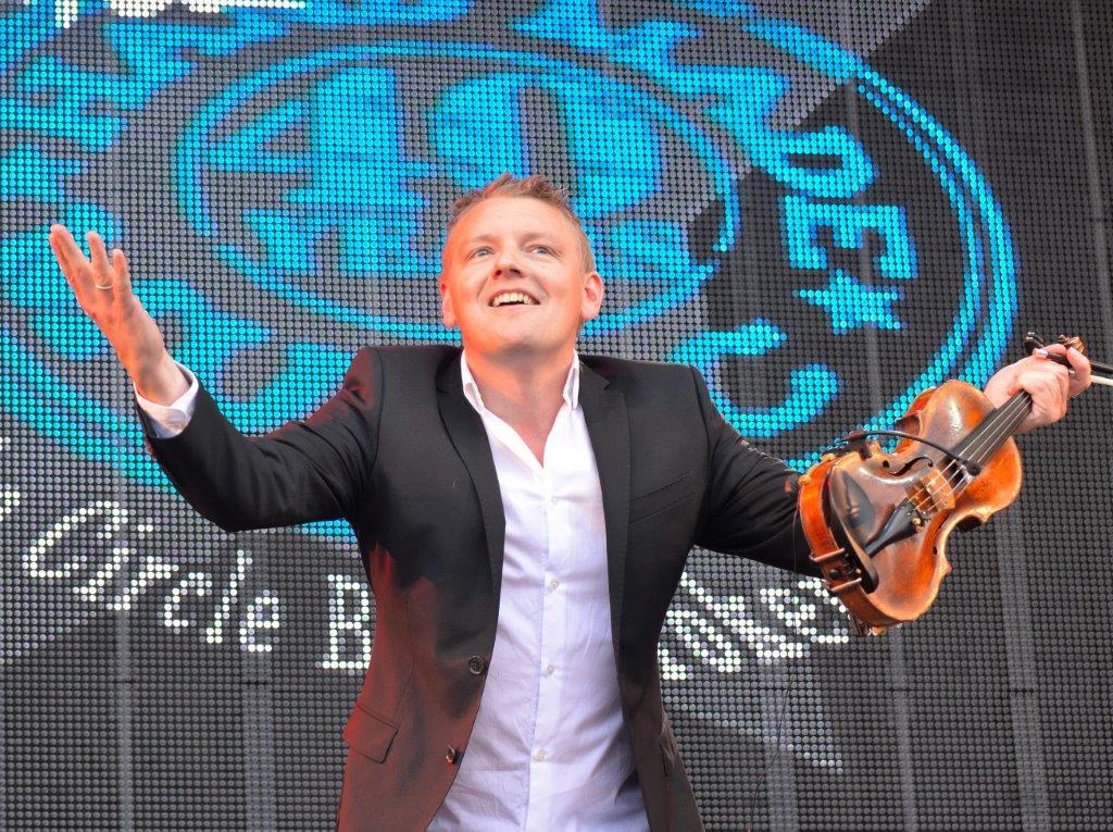 Harald Haugaard åbnede festivalen på det musikalske plan.