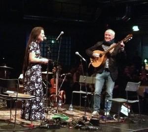 Jullie Hjetland og Jens Ulvsand