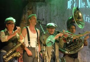 JP and the Seeger Session Bands blæsergruppe