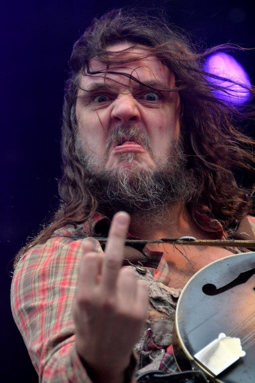 Hippy Joe Hymas  fra Hayseed Dixie