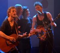 2/3 fra Folkeklubben, havde to fans med på scenen i Skagen