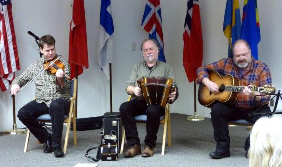 Privatfoto fra trioens hjemmeside