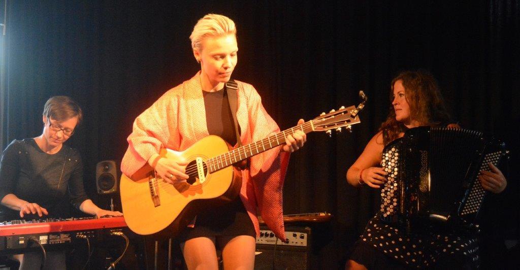 Live: Zenobia:  De Gamles Bys Kirke