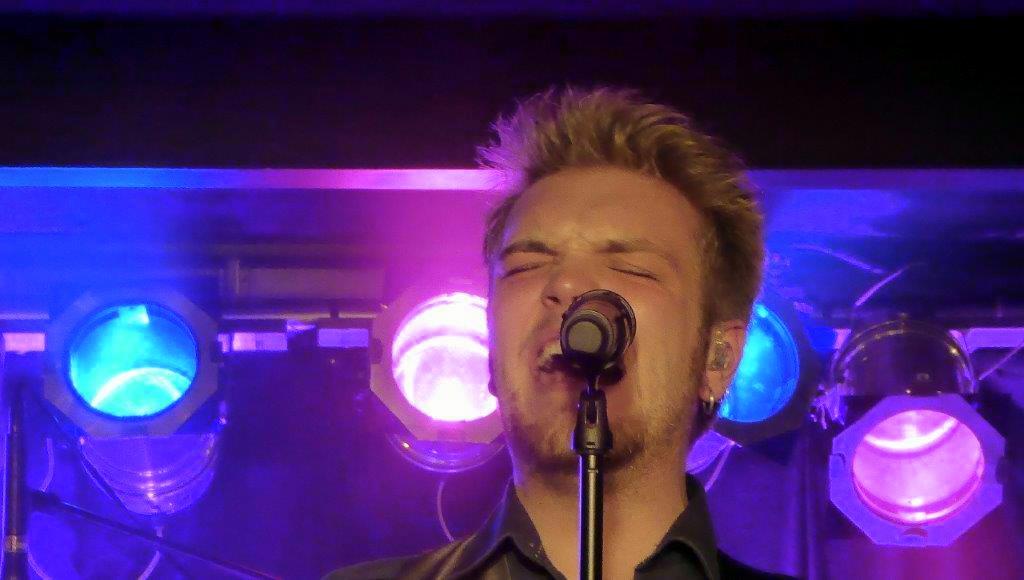 Live: Jacob Dinesen med Band: Walthers Musikcafe, Skanderborg