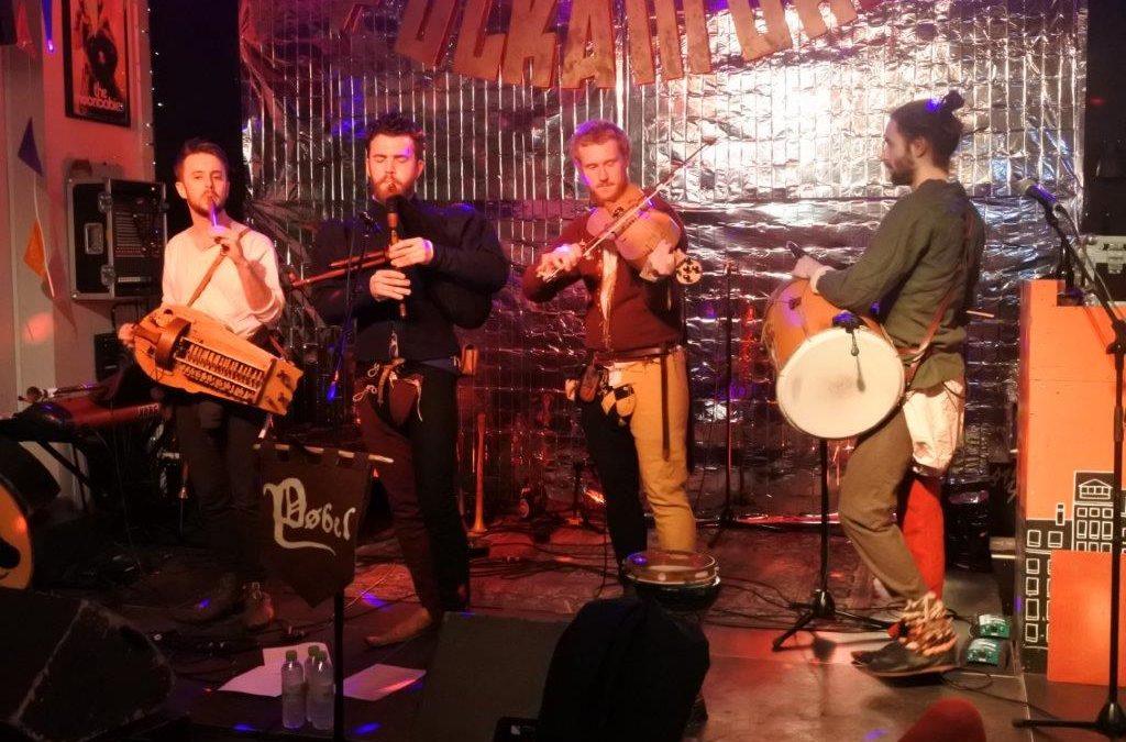 Live: Fest med Folkamok