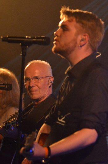Allan Taylor med på scenen i Skagen i år.
