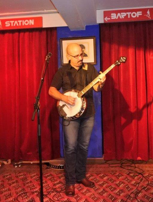 Live: Tony Furtado: Bartof Station, Kbh.
