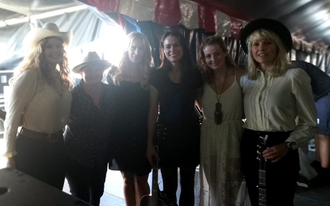 TF19: Women's Circle i Telt 1