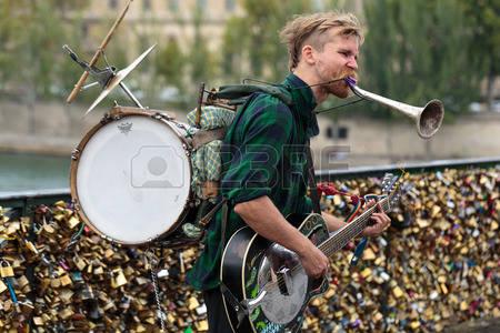 Claus causerer: Gademusik