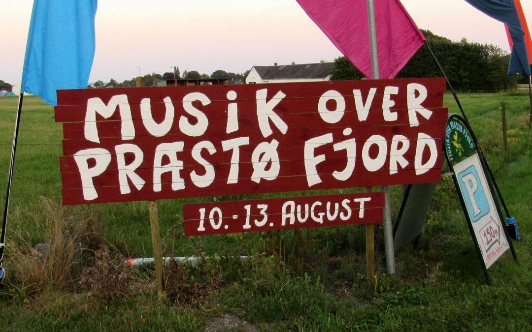 """Live: Den niende """"Musik over Præstø Fjord"""" med dans, regn, børn og masser af buskspil"""