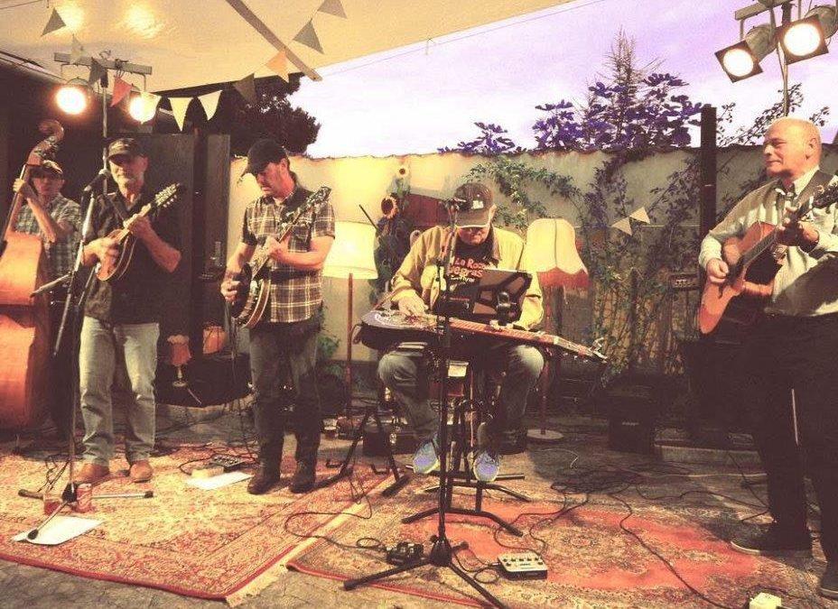 Live: Cross Island Porch Band og Urban Oak: Galleri Bruuns Hjørne