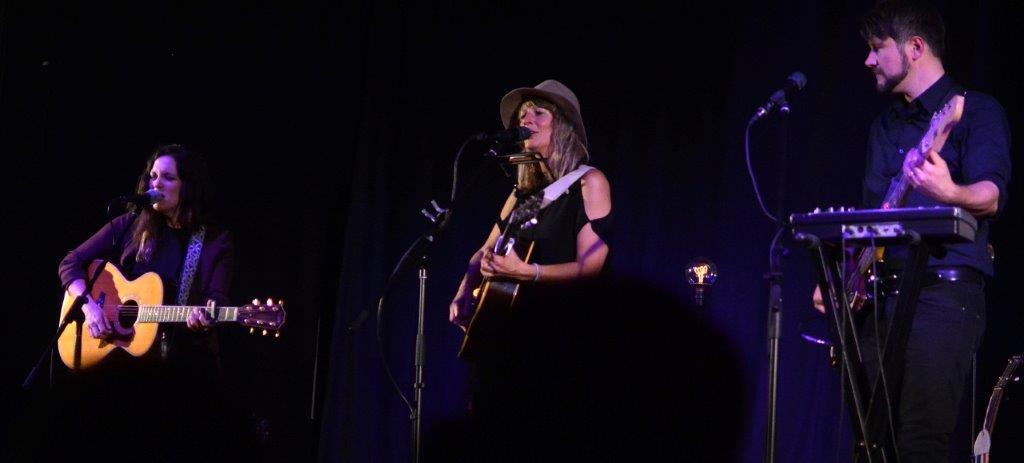 Live: Madison Violet: Bordesholm