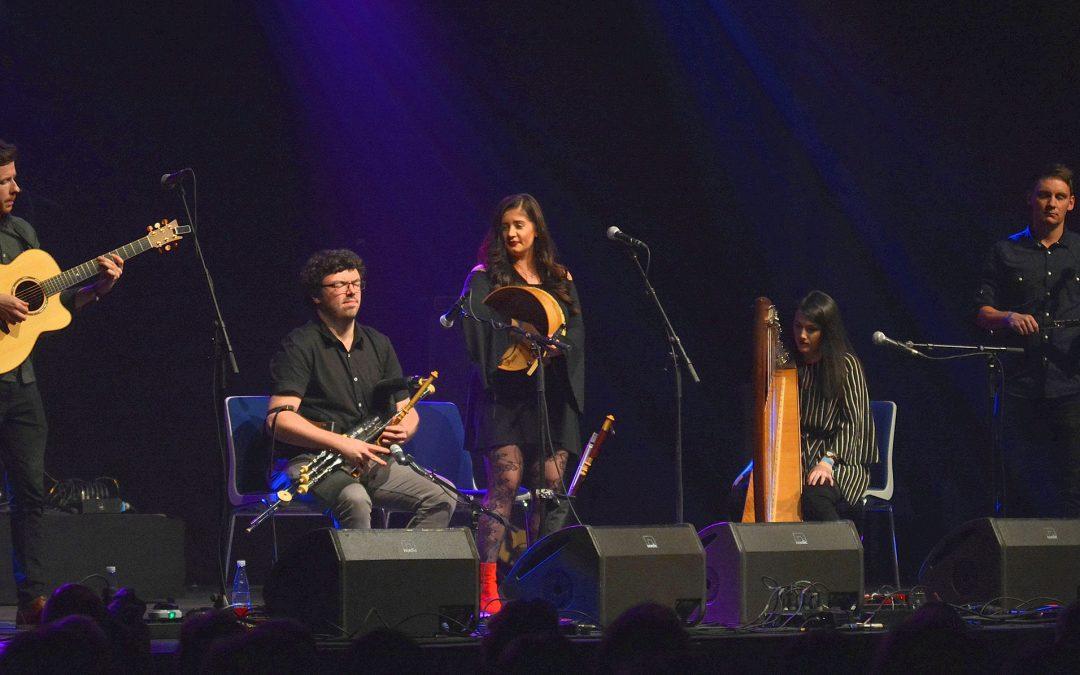 """Live: Strib Vinter Festival 2018 & cd: """"River Waiting"""": Connla"""