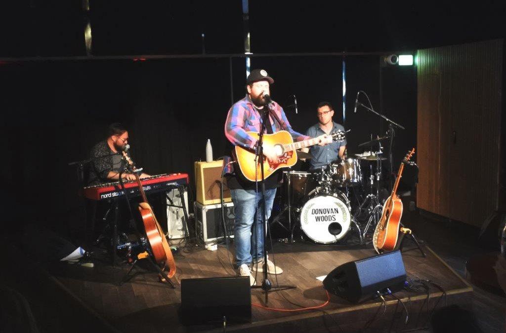 Live: Donovan Woods: Ideal Bar, Kbh.