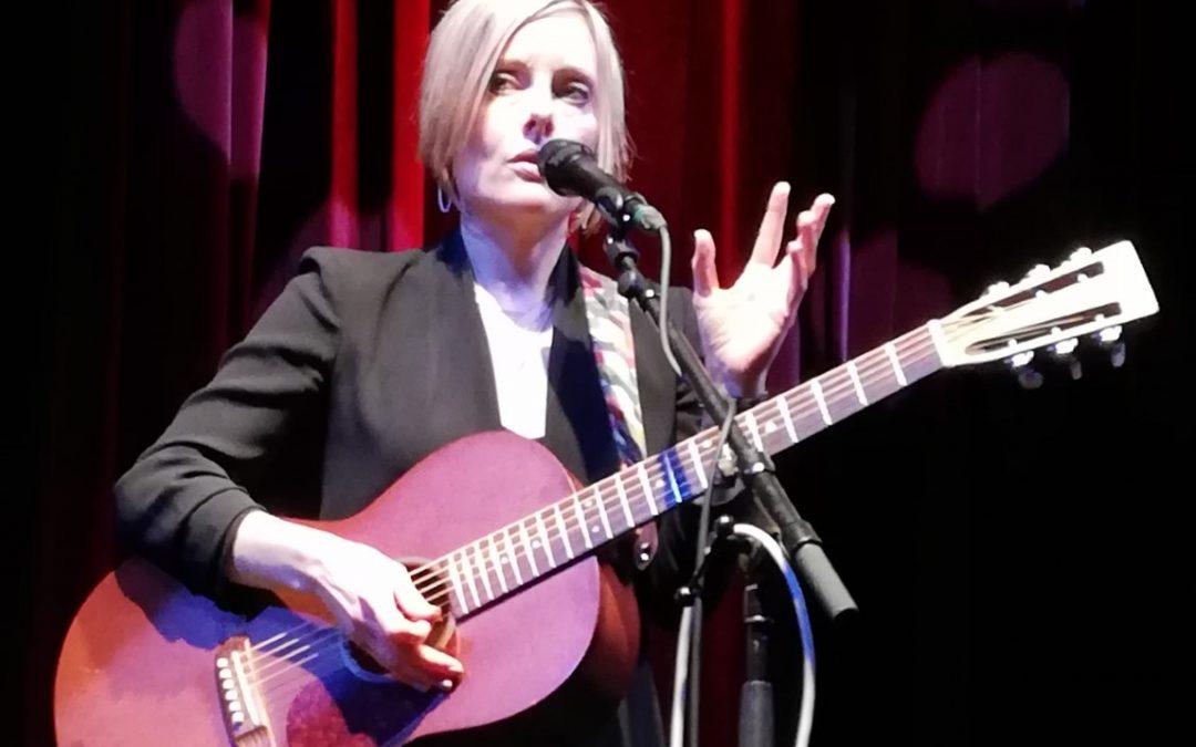 Live: Christina Martin: Ny Ridehus, Næstved