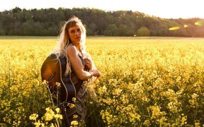 CD: Anya Hinkle: Eden and Her Borderlands